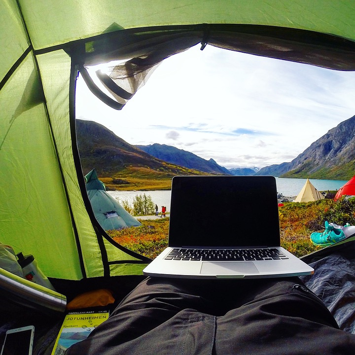 digital-nomad-camping